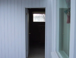 Entry_to_garage
