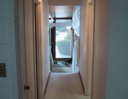 The_upstairs_hallway