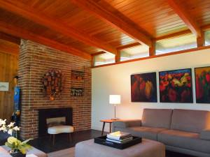 Exposed beams and structure in the living room