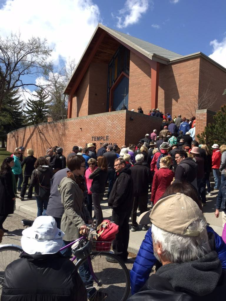 The crowd moves on to Temple B'Nai Tikvah - you can get a good sense of the turnout from this image...