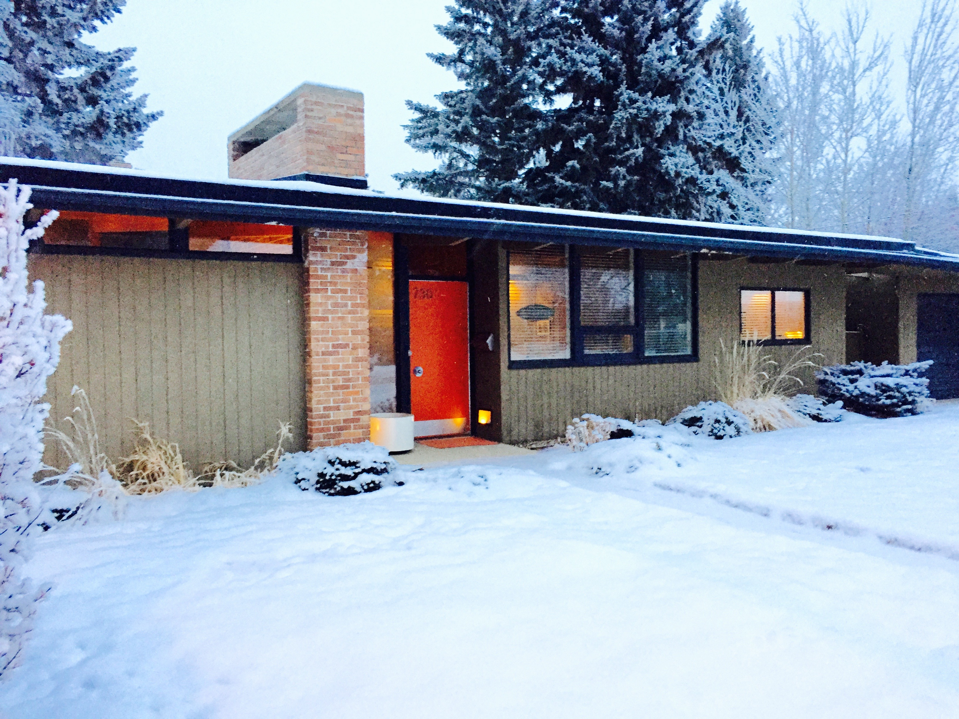 Image of the exterior in winter of the Calgary Trend House